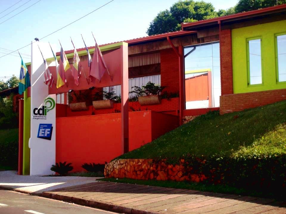 Avenida da Luz alia sossego e fácil acesso a outros bairros