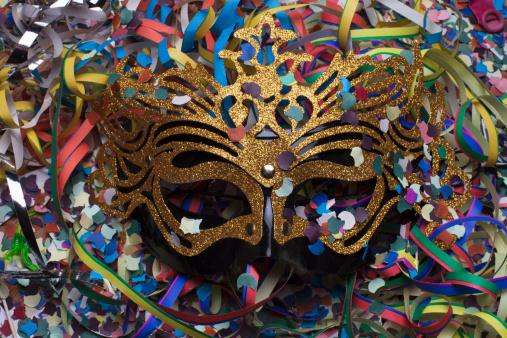 Conheça a origem da palavra Carnaval